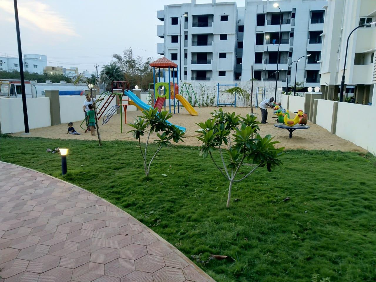 flats in perumbakkam - KG Builders